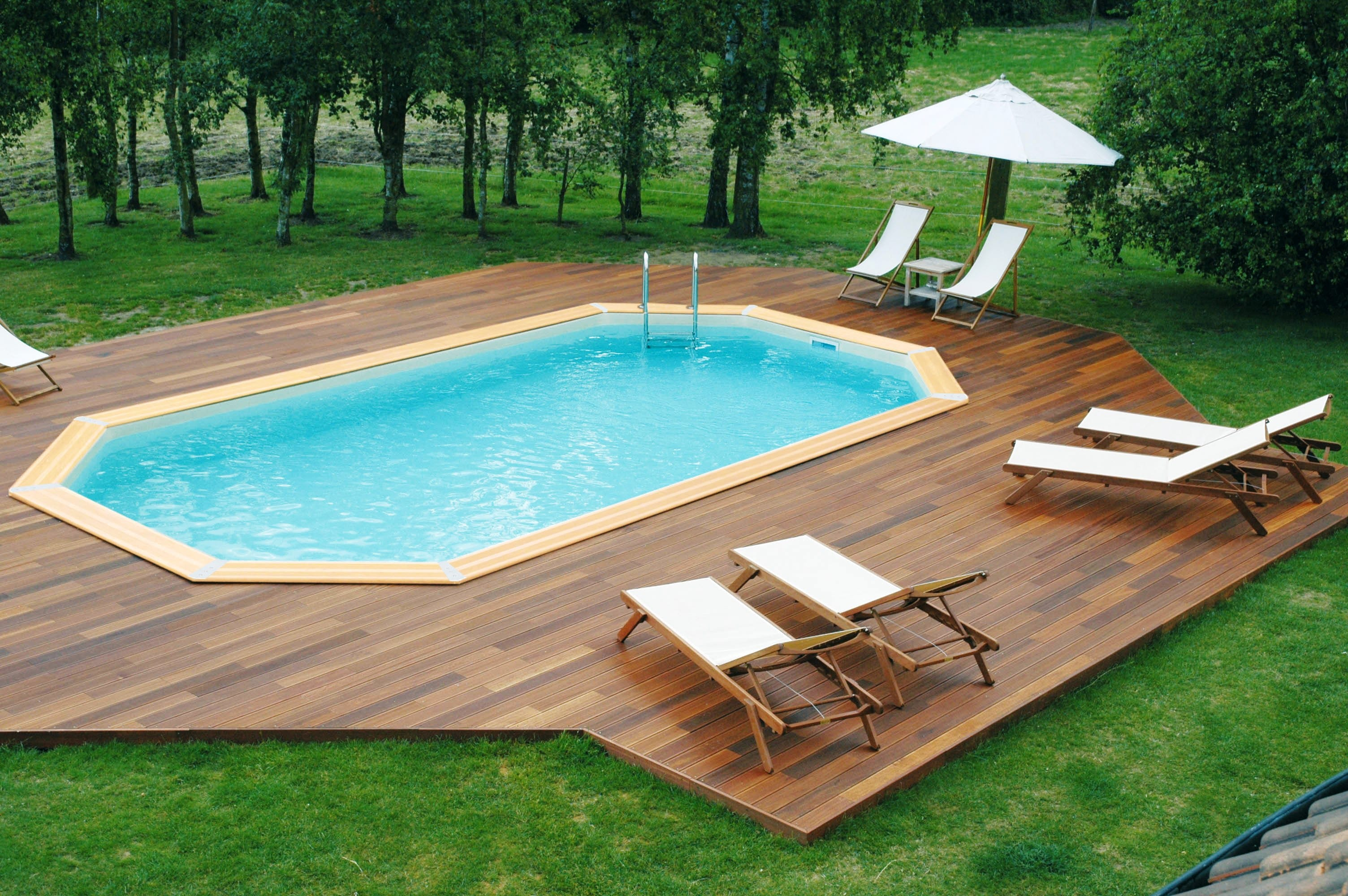 Piscine spa sauna bonnin - Piscine en bois semi enterree ...